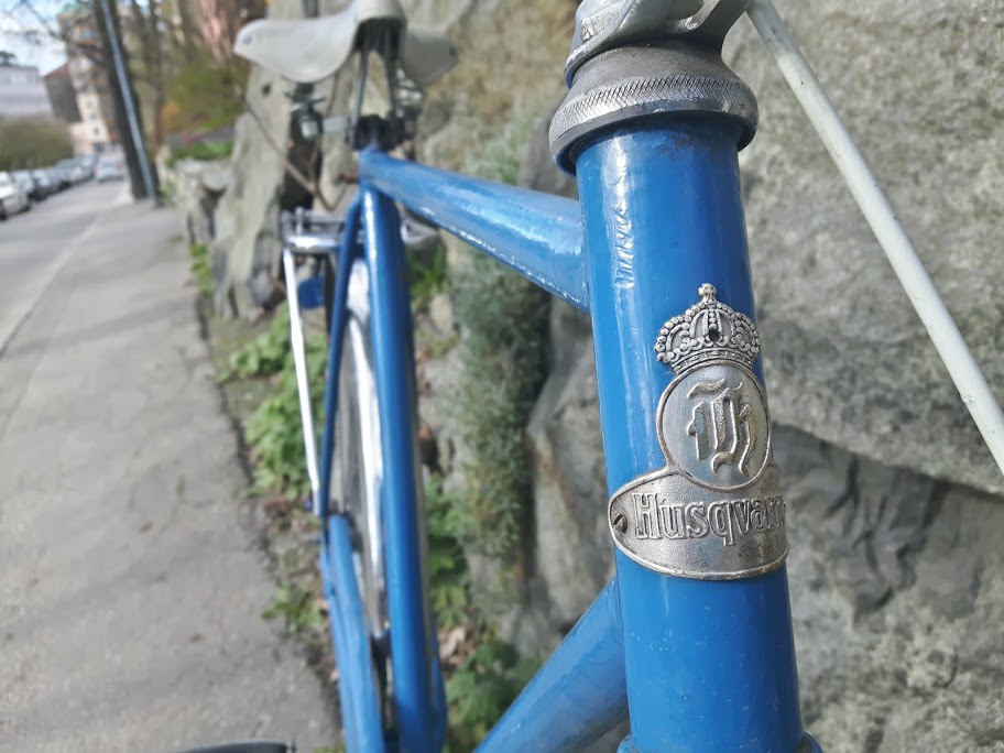 husqvarna bicycle headbadge